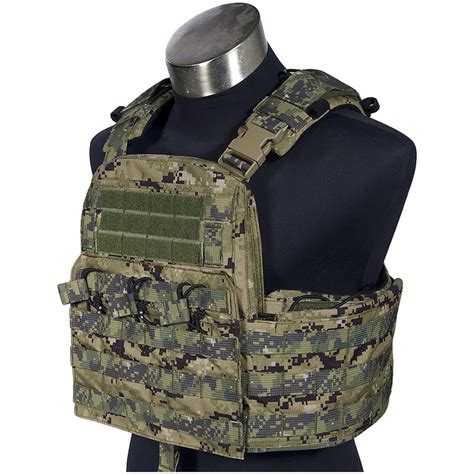 Plate Carrier flyye field compact plate carrier aor2 vests 1st