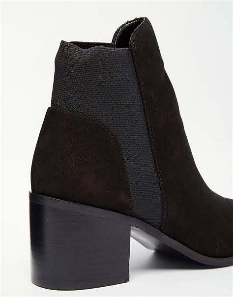 aldo aldo etiweil black leather heeled chelsea boots at asos