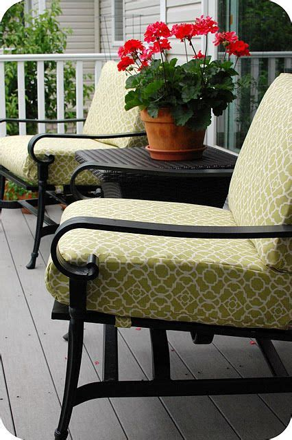 Patio Cushions Tutorial   desperately need to recover my