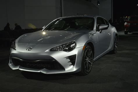 frs toyota 86 the 2017 toyota 86 is here to replace the scion fr s