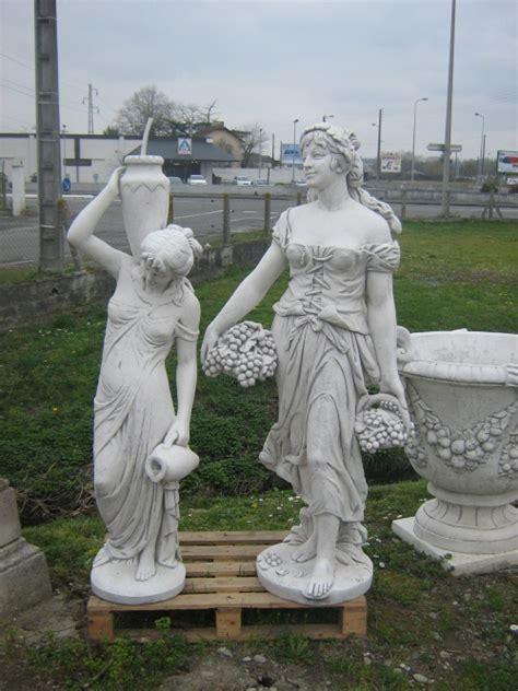 statue de jardin en