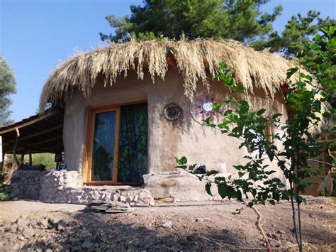 The Mud House Tiny House Swoon