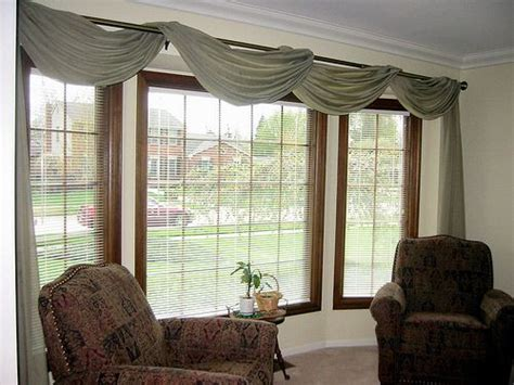 Large Valance 25 Best Ideas About Large Window Treatments On