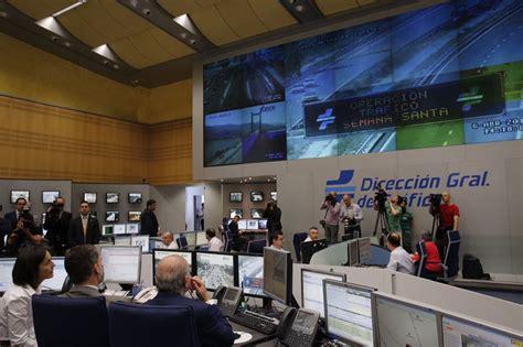 ministerio interior direccion general de trafico su majestad el visita la direcci 243 n general de tr 225 fico