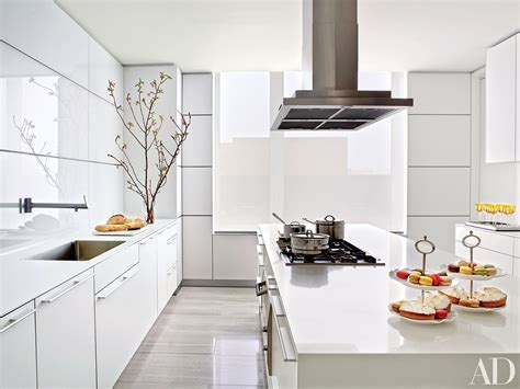 White Kitchens Design Ideas Photos Architectural Digest Architectural Kitchen Designs