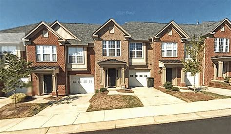 Garage For Rent Nc by 9810 Blackwell Dr Raleigh Nc 27617 Gorgeous Townhouse In