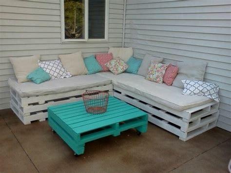 fabriquer canapé d angle en palette 1001 id 233 es pour fabriquer un banc en palette charmant