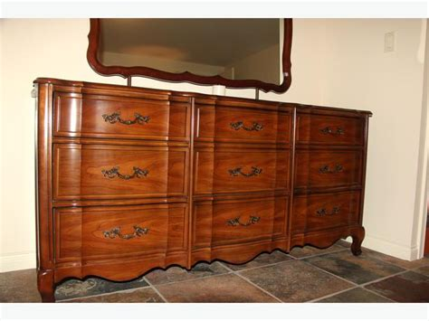 dark cherry wood bedroom furniture andrew malcolm bedroom set dark cherry wood saanich