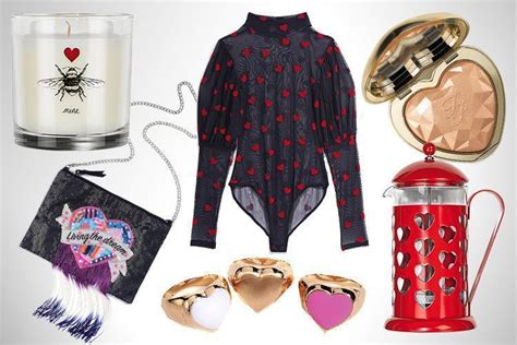 Valentines Gifts For Everyone Ly Fashion Finds by S Day 2018 Gifts And Ideas We Re Eyed