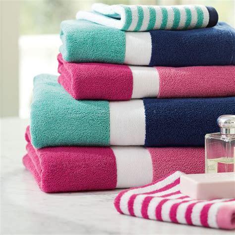 Bathroom Towel Colors by Color Block Bath Towels Pbteen