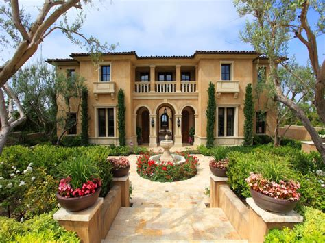 Mediterranean Style Homes Pictures | mediterranean style house colors for homes exterior stucco mediterranean colors mediterranean