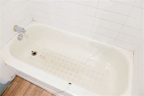 bathtub reglaze to replace or reglaze the story of the garden s bathtub