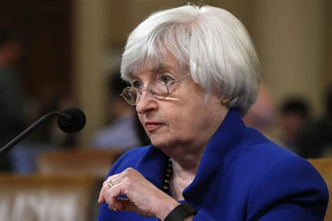 federal bank meeting today three things to for at the federal reserve meeting