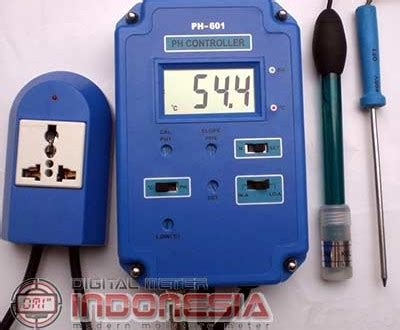 Alat Ukur Ph Dan Suhu Air alat uji ph controller dan temperature suhu ph601