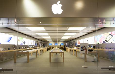 2 Apple Store Indonesia apple back to school promotion 2015 popsugar tech