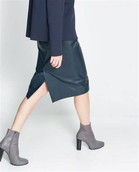 zara leather midi skirt in blue navy blue lyst