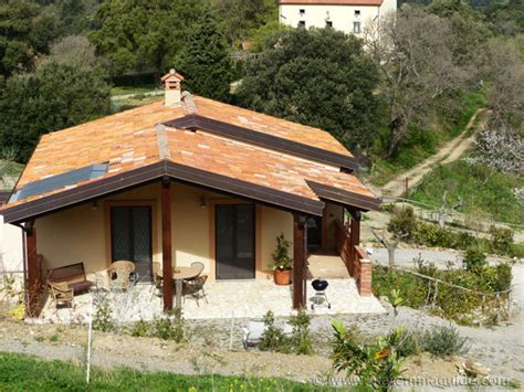cosy tuscany cottages with pool and an awesome view