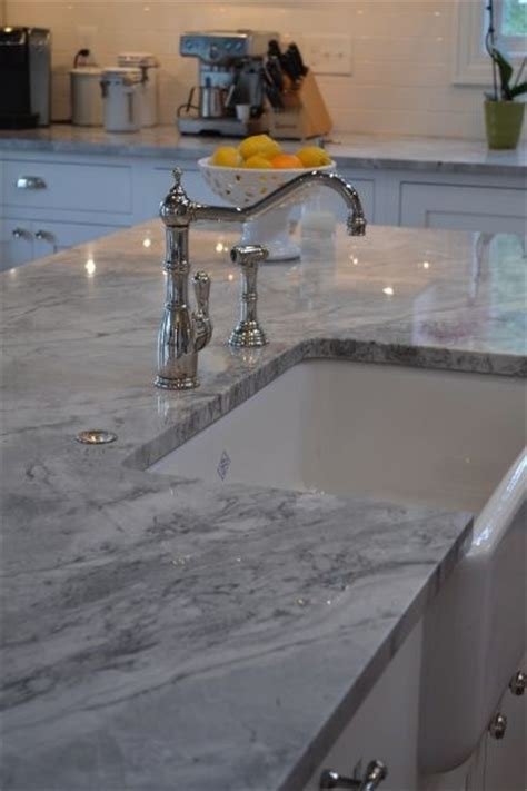 White And Grey Marble Countertops by 1000 Ideas About Gray Granite Countertops On
