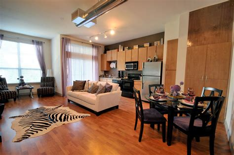 3 bedroom apartments uptown dallas imt seville uptown dallas tx apartment finder
