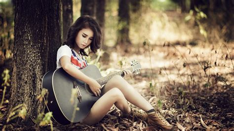 wallpaper girl with guitar girl with guitar wallpapers and images wallpapers