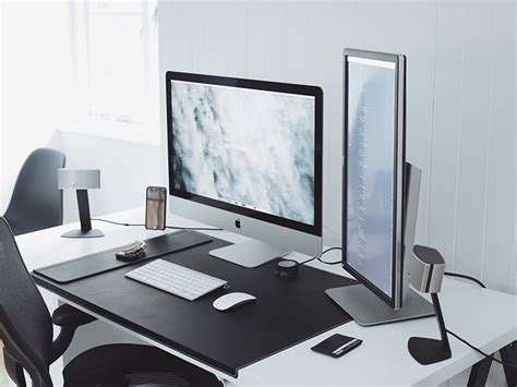 office desk setup 10 best desk setup of 2017 inspire design