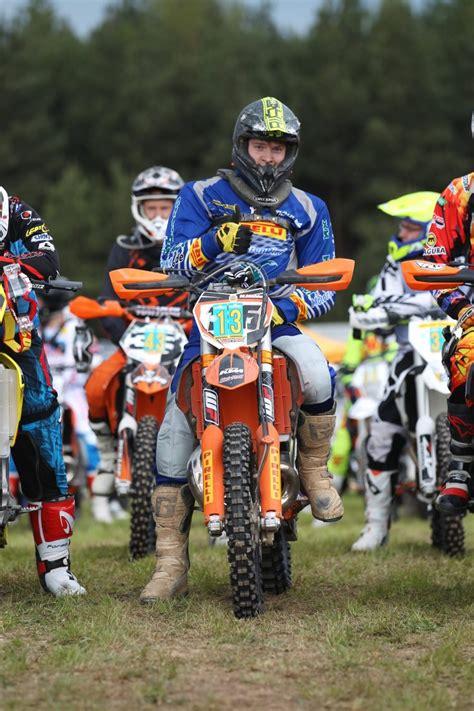 Motorradreifen Direkt by Pressemeldung Delticom Motorradreifen Direkt Teamfahrer