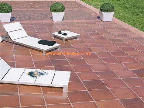 pavimentazione per terrazzi pavimentazione terrazzi fodorscars