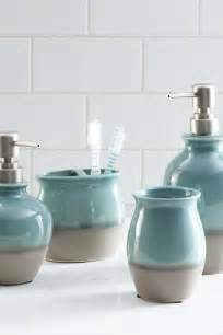ideas for bathroom accessories 25 best ideas about teal bathroom accessories on