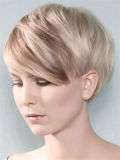 two tone color hair and styles for women picture of short layered pixie cut hypekappers nl