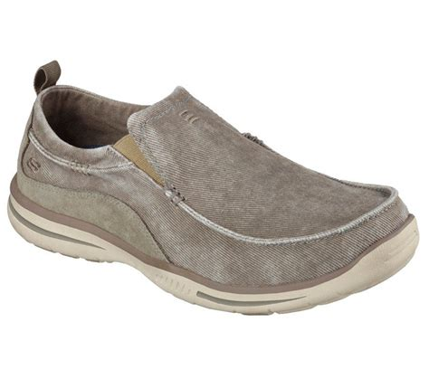 sketcher slip on sneakers s relaxed fit skechers elected slip on casual shoes
