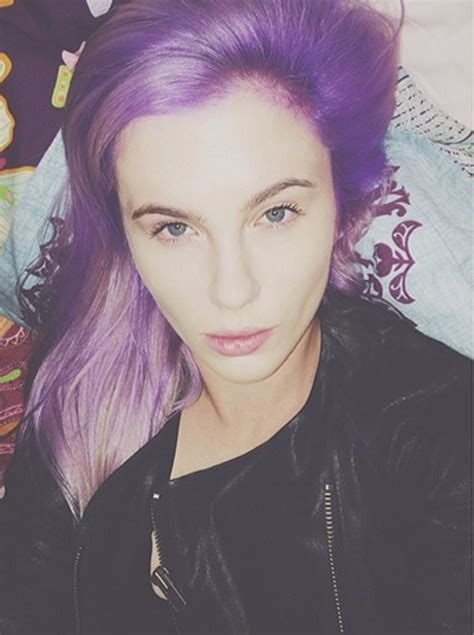 purple celbrity hair ireland baldwin dyes her hair check out the bright new