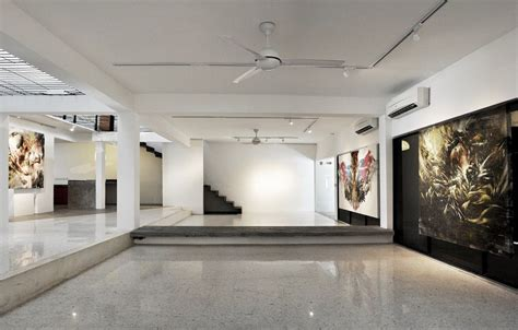 contemporary art gallery designed to envelop art lovers by