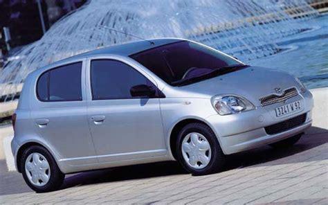 1998 Toyota Yaris фото Toyota Yaris 1998 2004 фотография 4 фотографии