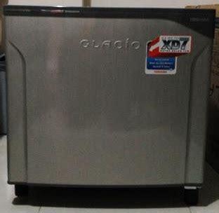 Kulkas Toshiba Glacio Mini daftar harga kulkas mini kulkas kecil murah berbagai