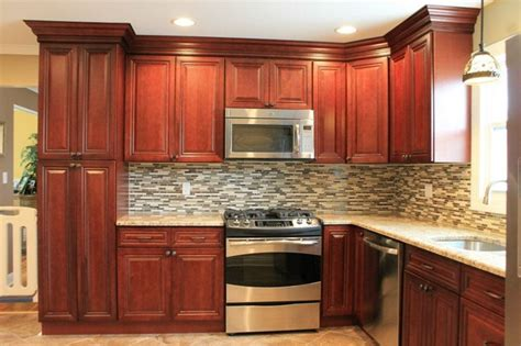 Kitchen Backsplash Cherry Cabinets | cherry kitchen cabinets tile backsplash
