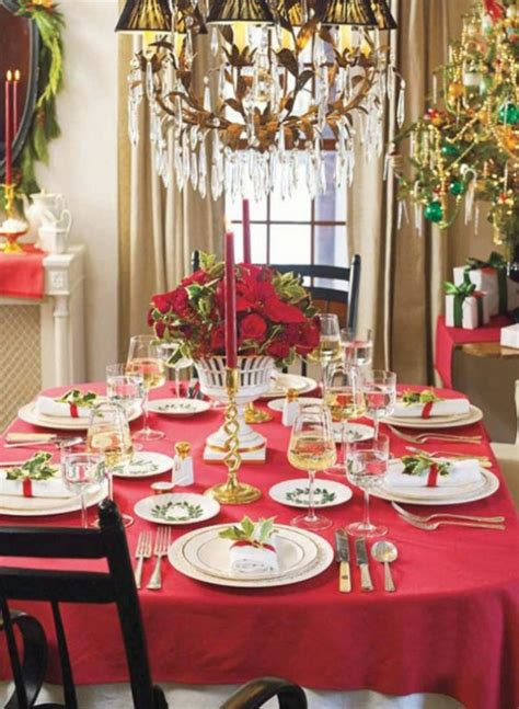 20 most amazing christmas table decorations