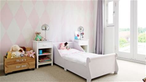 child s room use accessories to jolly up a child s room the room edit