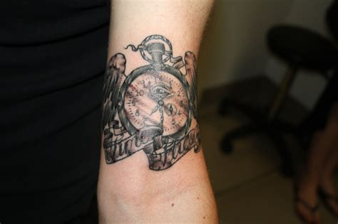 time flies tattoo time flies by eddy lou s fly