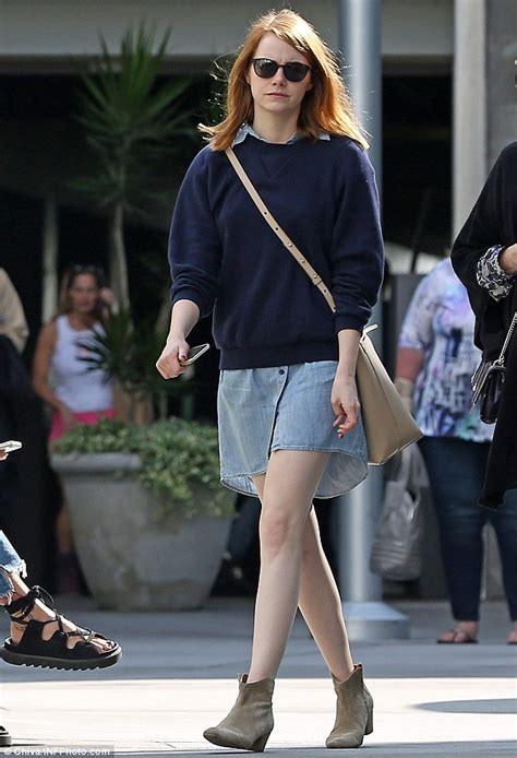 emma approved actress emma stone heads to the movies with mother krista in los