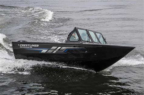 boat dealers duluth mn 2017 new crestliner 2050 commander elite aluminum fishing