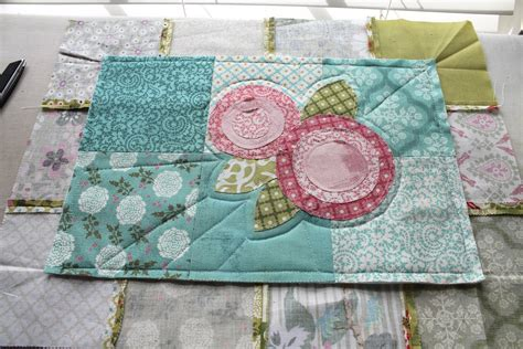 Charm Pack Quilt Tutorials by Sew Fabric Charm Pack Mini Quilt Tutorial 1