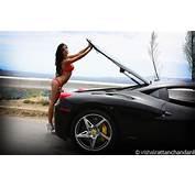 Foto Girls Ferrari 458 Zwart Babe 11
