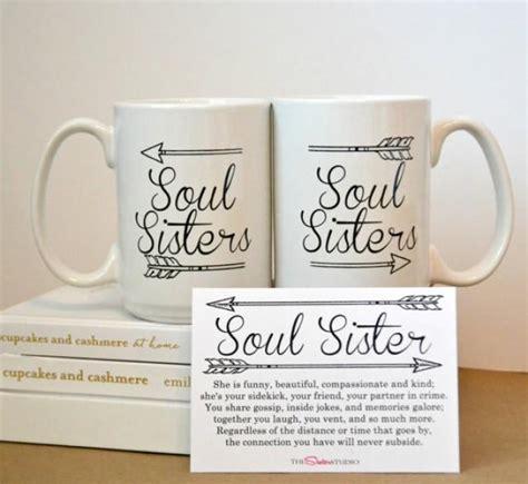 TWO SOUL SISTERS Mugs, Coffee Mug Set   Best Friends, Sisters  Gifts  Coffee Cup   Bridesmaids