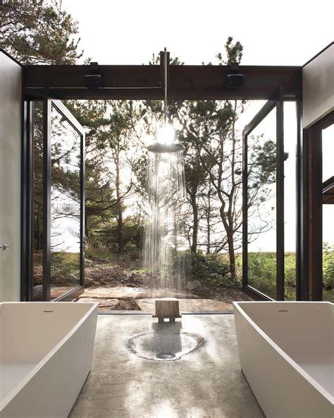 outdoor bathrooms australia 10 jaw droppingly gorgeous luxury bathroom ideas to