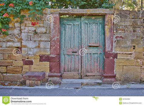 vintage house vintage house entrance royalty free stock photos image 35194338