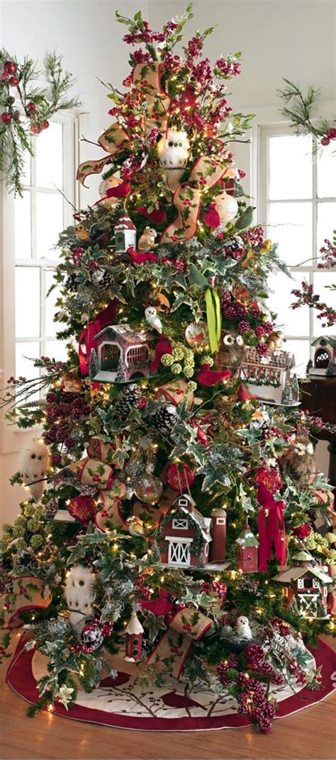 pretty decorated christmas trees 40 tree decorating ideas