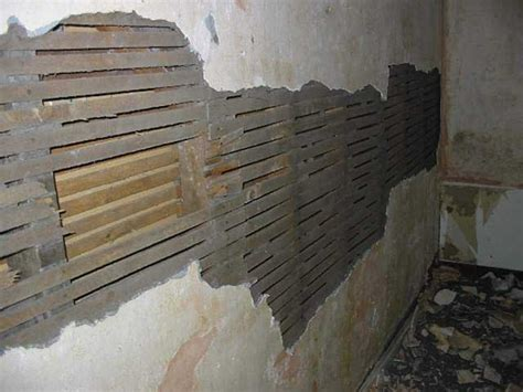 step by step how to remove repair lath and plaster ceiling how to repair or remove internal walls period living