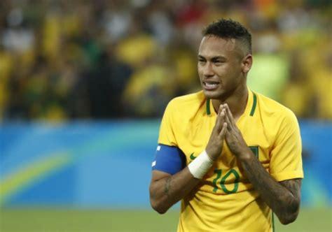 biography en ingles de neymar jornal ingl 234 s lamenta desejo de neymar em jogar no