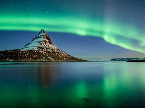 trips to iceland to see northern lights best time to visit iceland iceland weather helping
