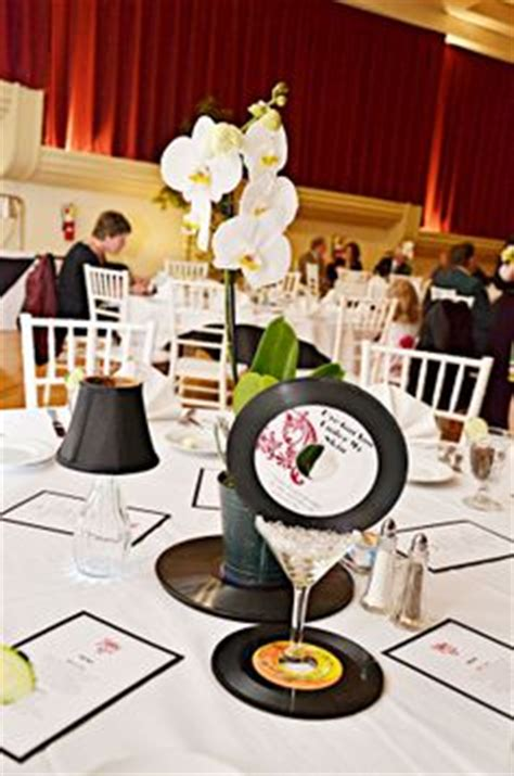 45 record centerpiece 1000 images about 45 rpm decorations on 45
